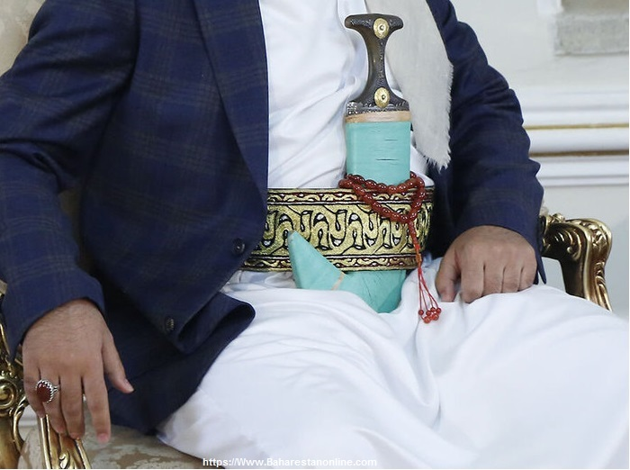 سفیر جدید یمن با خنجر به دیدار ظریف آمد