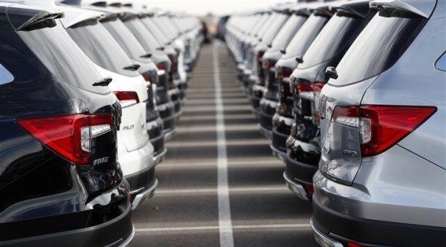 پشت پرده تلاش مدرس خیابانی برای ترخیص خودروهای دپو شده در گمرکات چیست؟