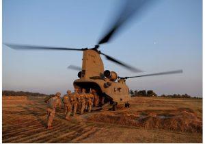 آمریکا از بیم انتقام ایران نیروهای خود در منطقه را کاهش میدهد